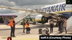 Принудительная посадка самолета Ryanair и высадка его пассажиров в аэропорту Минска, 23 мая 2021 года