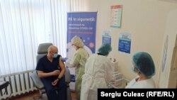 Institutul de Medicină Urgență - primele vaccinări anti Covid-19, Chișinău 2 martie 2021