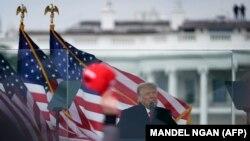 Дональд Трамп выступае перад прыхільнікамі ў Вашынгтоне 6 студзеня