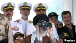 Верховный лидер Ирана аятолла Али Хаменеи