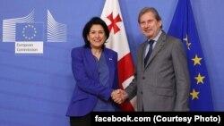Первая встреча – с еврокомиссаром по вопросам европейской политики соседства и расширению Йоханнесом Ханом
