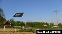 Zastave militanata na putu od Husina ka Šićkom brodu prema Tuzli