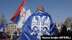 Neke zemlje Unije neće pristajati na otvaranje novih pregovaračkih poglavlja sa Beogradom dok se radikalska trojka ne nađe u Hagu