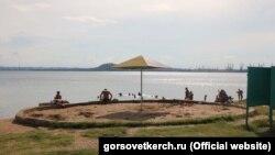 Пляж в Керчи, иллюстрационное фото