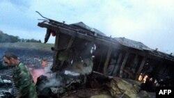Уламки «Боїнга-777», збитого на Донеччині, 17 липня 2014 (архівне фото)