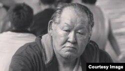 Еркін күрестен СССР чемпионы Әбілсейіт Айханов.