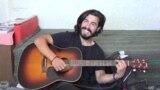 Două roţi şi o chitară