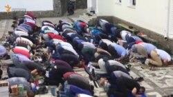 Qırımnıñ merkeziy camisinde Bayram namazı (video)