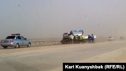 Батыс Қытай - Батыс Еуропа күрежолы бойындағы жол апаты. Жамбыл облысы, 28 тамыз 2012 жыл.
