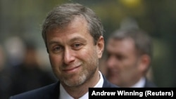 35 milyon dollarlıq yaxta Abramovich-in hədiyyəsi kimi sənədləşdirlib