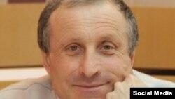 Журналист Николай Семена