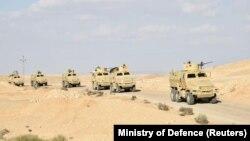 Египетски воени возила на Синајскиот Полуостров