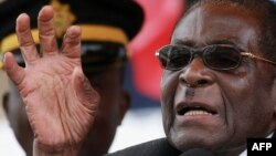 Робэрт Мугабэ кіруе Зімбабвэ больш за 30 гадоў