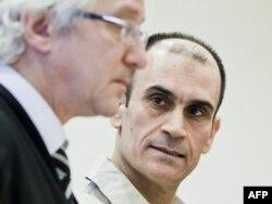Шаван Садек Саид Буяк, один из подозреваемых по делу о подготовке нападения на датскую газету, опубликовавшей карикатуры на пророка Мухаммеда. Осло, 15 ноября 2011 года.