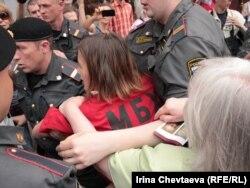 Поліція розправляється з учасниками однієї з акцій на підтримку Ходорковського