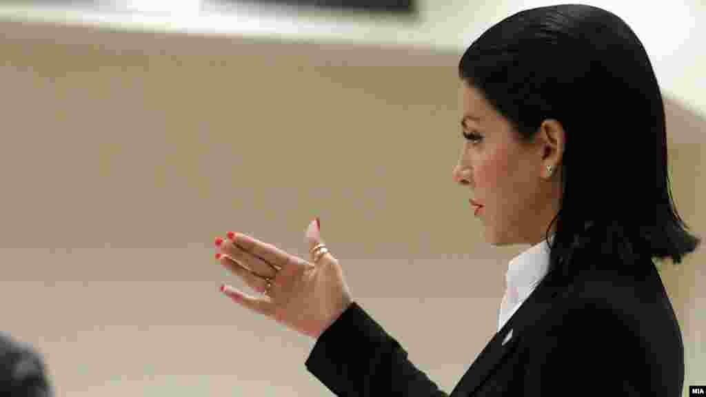 МАКЕДОНИЈА - Обвинителката Фатиме Фетаи од СЈО, која го води предметот Монструм најави дека за сведок ќе го повика и премиерот Зоран Заев.