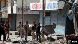 Pamje pas një sulmi të mëparshëm vetëvrasës në Pakistan