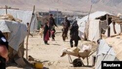 Ооган качкындарынын Кабулдагы лагери. 14-июнь, 2017-жыл.