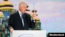 42-й президент США Білл Клінтон під час публічної лекції в Києві, 3 жовтня 2010 року