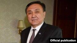 Кубанычбек Омуралиев.