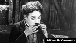 """Чарли Чаплин в фильме """"Золотая лихорадка"""". 1925"""