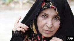 زهرا رهنورد از بهمن سال ۸۹ در حصر خانگی به سر میبرد و چند ماه پیش نیز گزارشی در مورد رفع حصر او منتشر شده بود که توسط دخترانش تکذیب شد.