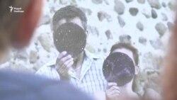 «Проста жыць». У Парку Горкага адкрылася фотавыстава пра ВІЧ-пазытыўных