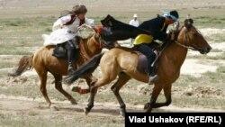 Национальные конные игры кыргызов. Фото из архива