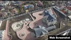 Vila despre care se spune că-i aparține lui Vladimir Voronon filmată cu o dronă.