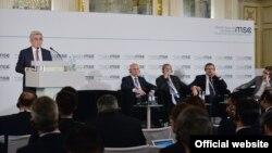 Президент Армении Серж Саргсян во время обсуждения на Мюнхенской конференции по безопасности, 17 февраля 2018 г.