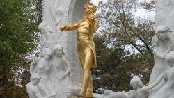 """""""Тарых жана тагдыр"""": Бетховендин сүйүүсү менен жек көрүүсү"""