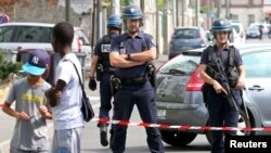 Francuska policija, Pariz, 21. juli 2016.