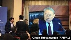 Президент Казахстана Нурсултан Назарбаев выступает на расширенном заседании правительства. Архивное фото.