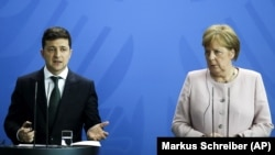 Президент Украины Владимир Зеленский и канцлер ФРГ Ангела Меркель.
