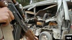 روز یکشنبه چندین انفجار در شهر بغداد بوقوع پیوست و تلفاتی برجای گذاشت.