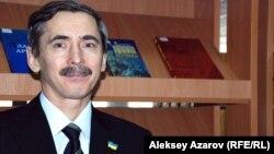 Украинаның Алматы қаласындағы консулы Сергей Бобошко. 4 наурыз 2014 жыл.