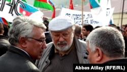 Эльдар Намазов (слева) и Рустам Ибрагимбеков (в центре)