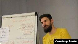 Блажен Малески, истражувач во НВО Реактор истражување во акција