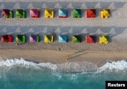 Plaža Jonskog mora u Dhermiju, u Albaniji, 20. juna 2021.