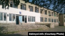 Tərtərin Azad Qaraqoyunlu kəndinin məktəbi (foto: bizimyol.info)