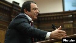 Armenian -- Prosperous Armenia Party leader Gagik Tsarukian gives a speech in the parliament, Yerevan, January 15, 2019.