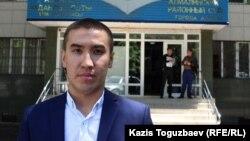 Жанна Өмірованың сотына қатысқан теолог Серік Тәжібаев. Алматы, 7 маусым 2017 жыл.