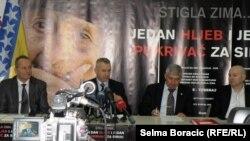 """Najava humanitarne kampanje """"Stigla zima... Jedan hljeb i jedan pokrivač za Siriju"""", 9. januar 2013."""