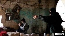 مقاتلان من جبهة النصرة