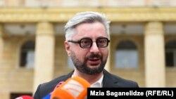 Ника Гварамия все-таки принял решение внести залог, определенный тбилисским городским судом в качестве меры пресечения
