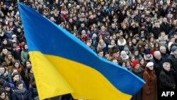Вшанування другої річниці розстрілів на майдані Незалежності. Львів, 19 лютого 2016 року