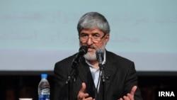 علی مطهری از احتمال ورود رهبر جمهوری اسلامی به پرونده مینو خالقی خبرداده است