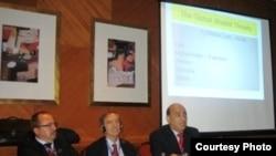 البروفيسور وليد فارس يقدم بحثه في الحلقة الشرق أوسطية لمؤتمر بودابست