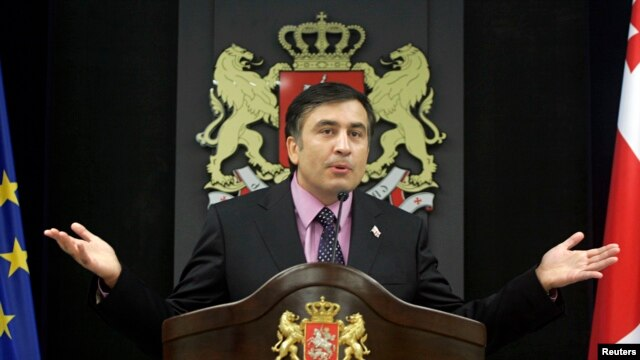 "Saakashvili makes a statement during the 2008 war with Russia, saying he was looking to the U.S. with ""hope."""