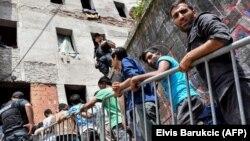 Najveći broj migranata, više od 4.000 njih, boravi u Bihaću